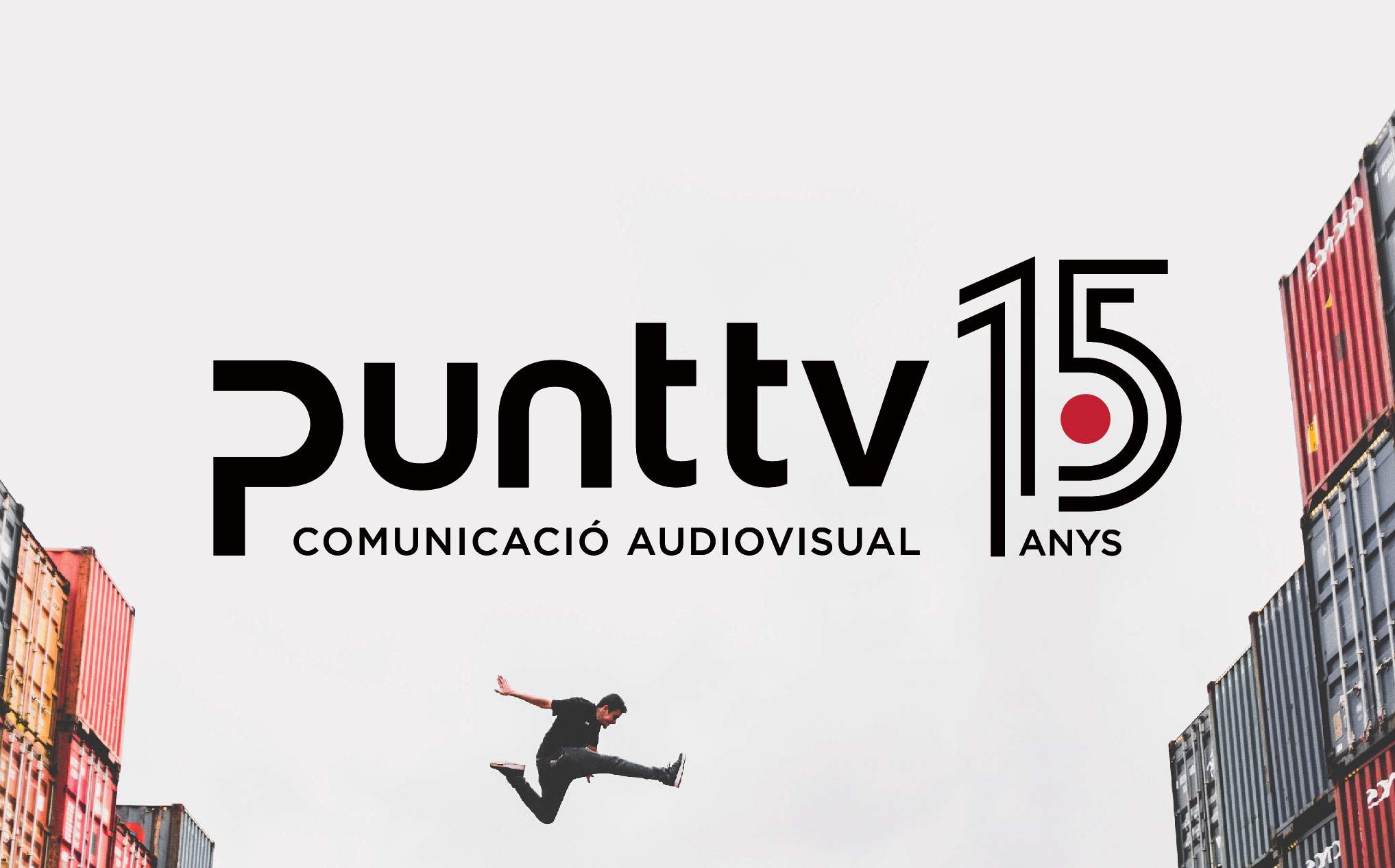 Punt TV Comunicació Audiovisual 15 anys Disculpi Studio Disseny Grafic Vilafranca del Penedes Graphic Design Barcelona Angels Pinyol Carla Elias - PUNT TV. Disseny logotip 15 anys. Vilafranca del Penedès.